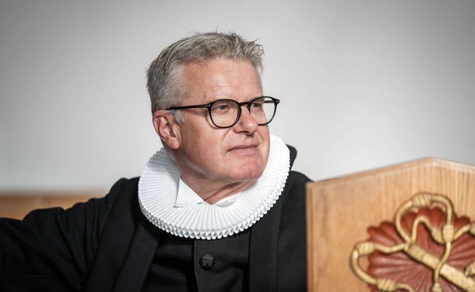 Biskop Peter Birch i stiftet, der omfatter Ansgarkirken i Hedehusene, hvor Thomas Gotthard var ansat, fortæller, at han med stor medfølelse tænker på de berørte.
