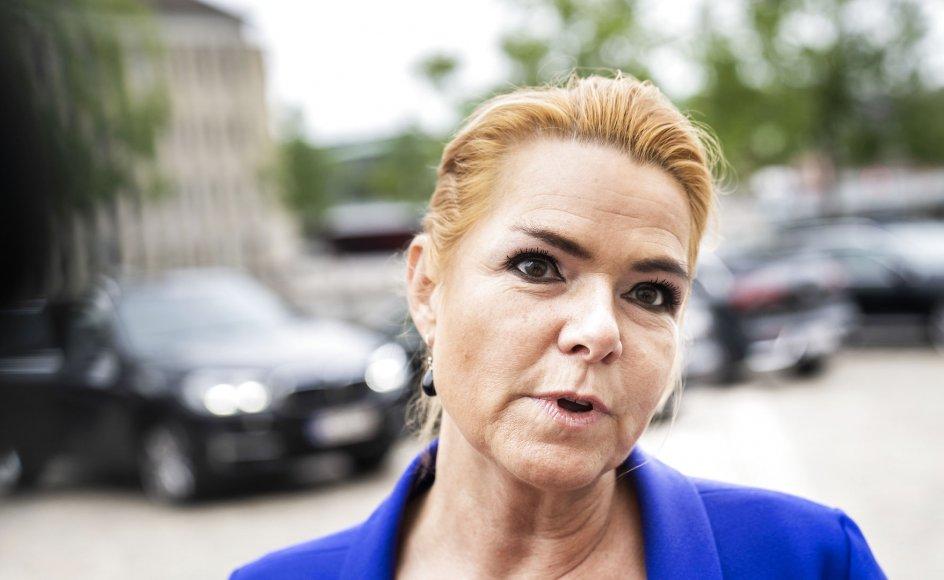 Inger Støjberg ankommer til Eigtveds Pakhus. Rigsretssagen mod Inger Støjberg fortsætter og afhøringen af hende fortsatte tidligere i dag
