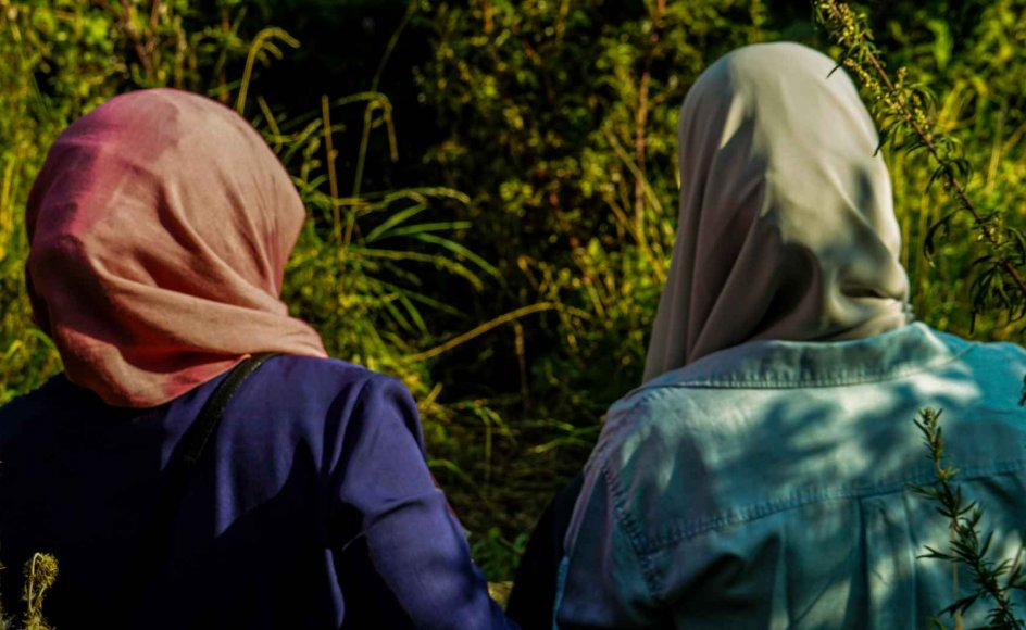 """""""Kvinderne vil gerne skabe en god fremtid for deres børn i Danmark, og de kan nu tage et standpunkt og sige, at de ikke går ind for mobning, men de går heller ikke ind for terror. De går ind for, at alle kan være trygge ved at gå i skole og undervise i ytringsfrihed,"""" siger Uzma Ahmed"""