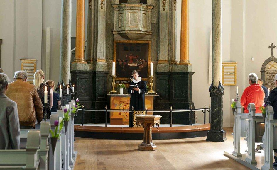 Sognepræst Lars Gustav Lindhardt forestår gudstjeneste i Frederiksberg Kirke, Kristi himmelfartsdag torsdag den 21. maj 2020. Folkekirken og trossamfund er i gang igen efter 2. fase af genåbningen af Danmark trådte i kraft den 18 maj