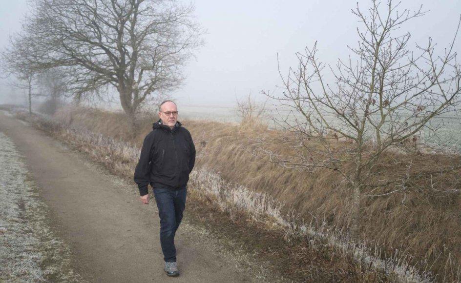64-årige John Rossmann bor i Askov ved Vejen i Sydjylland, men hans familie har rødder syd for den dansk-tyske grænse. Omkring 30.000 slesvigere med dansk sindelag deltog i Første Verdenskrig på tysk side, heriblandt John Rossmanns dansk-svenske farfar. – Foto: Mikkel Møller Jørgensen.