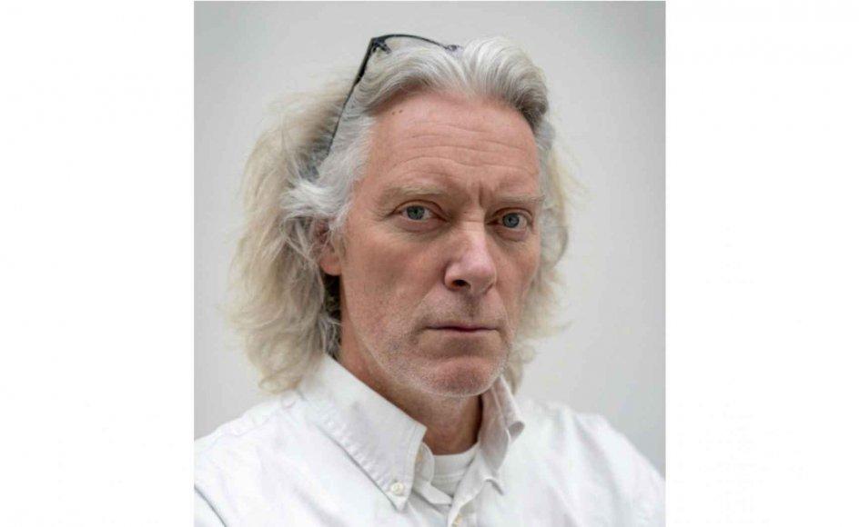 """""""Vi er som rotter, der prøver at overleve på en synkende skude. Det er uværdigt,"""" siger kunstneren Kristian von Hornsleth, der er født i 1963 og har købt det lille """"von"""", da han synes, hans borgerlige navn var for kedeligt. – Foto: Tobias Kobborg/Ritzau Scanpix."""