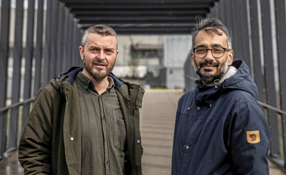 Et nyt muslimsk manifest har været fem år undervejs og er skrevet af islamologen Kasper Mathiesen og imamen Naveed Baig. Projeket indeholder også en podcast-serie med de to og redaktøren Sofie Clausager Dar. – Foto: Olafur Steinar Rye Gestsson/Ritzau Scanpix.