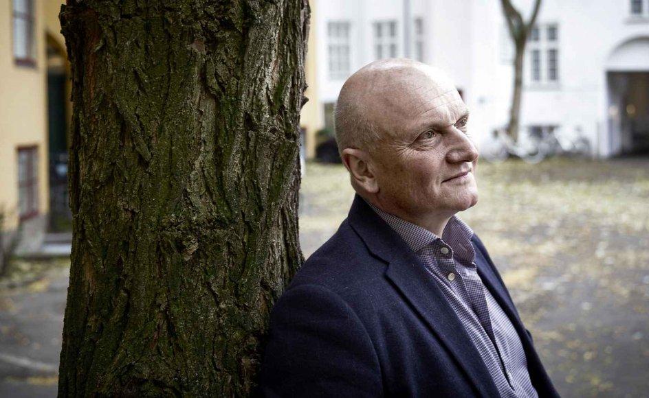 I det sidste og fjerde bind skildrer Niels-Birger Danielsen modstandskampen i alle egne af landet fra sommeren 1944 og frem til Befrielsen året efter.