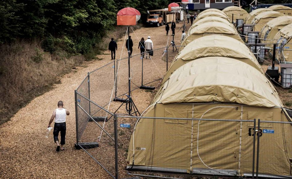 Regeringen vil undersøge muligheden for at lave særskilte afsnit for lgbt-personer på landets asylcentre for at gøre op med problemet med chikane mod seksuelle minoriteter. Forslaget kommer fra Enhedslisten.Linda Kastrup/Ritzau Scanpix