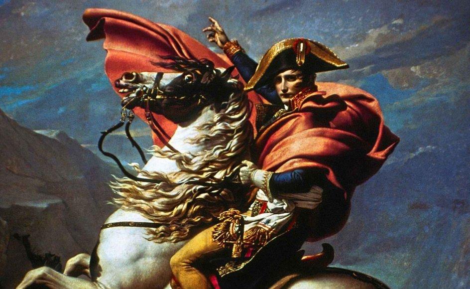 Mellem en og to millioner europæiske soldater døde som følge af Napoleon Bonapartes forsøg på at erobre magten i Europa, men det forhindrede ikke skønånder som Lord Byron, Goethe og Victor Hugo i at løfte ham op på en piedestal. – Foto: Ritzau Scanpix.