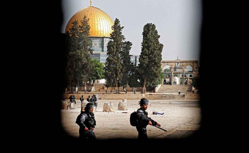 Tempelbjerget i Jerusalem har de seneste dage været skueplads for voldelige sammenstød.