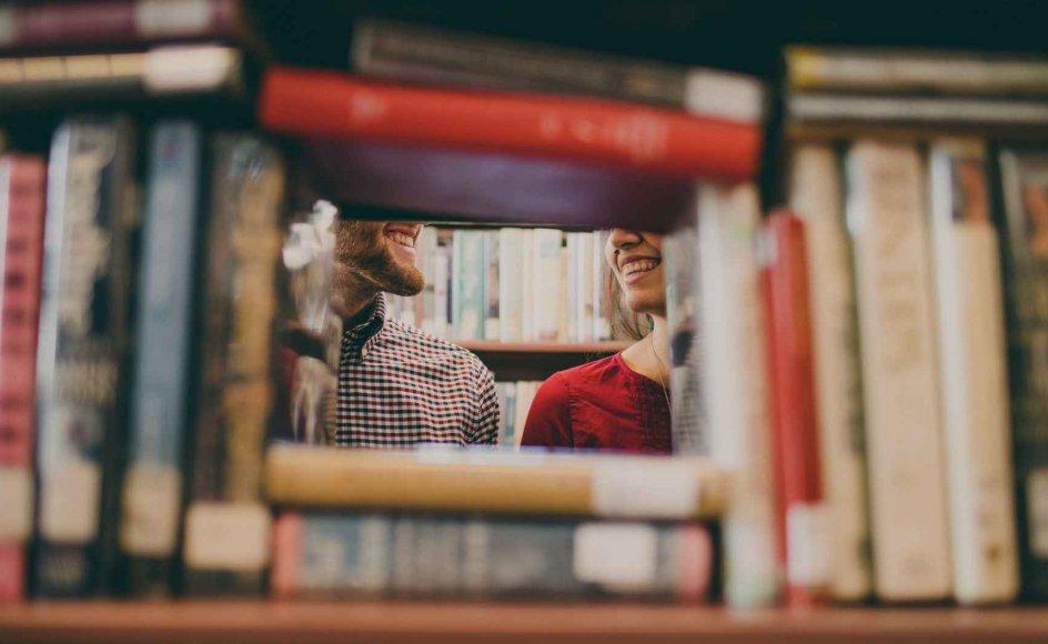 Selvom coronakrisen har sat mange problemer på spidsen, så er det ikke nyt, at mennesker søger kærlighedsråd i litteraturen.