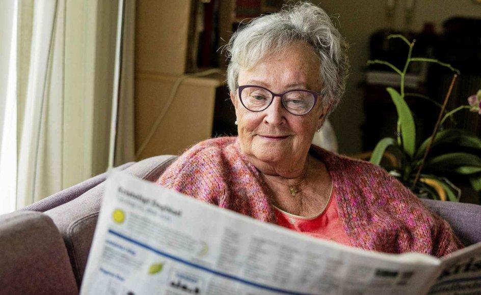 """""""På vore gamle dage sidder vi længe over morgenkaffen og læser højt for hinanden af avisen, taler om det læste, er enige eller uenige med avisen og med hinanden, der er altid en masse stof til eftertanke,"""" fortæller læser Inger Kathrine Frisch."""