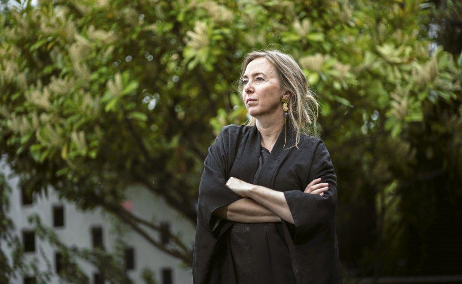 """Længslen efter at få børn føltes for Karen Strandbygaard som en flod. """"Du ved ikke, hvor den flod har sit udspring, men den kommer, og den river dig med, og samtidig river den alt muligt andet op på vejen,"""" siger hun."""