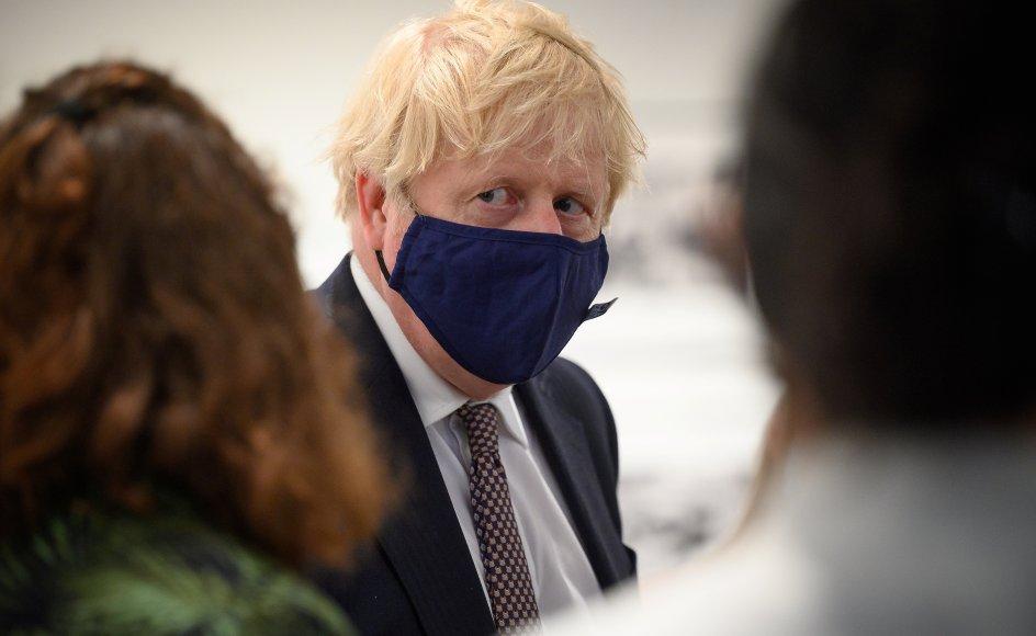 Den britiske premierminister, Boris Johnson, lover, at Storbritannien vil donere mindst 100 millioner vaccinedoser inden udgangen af året.