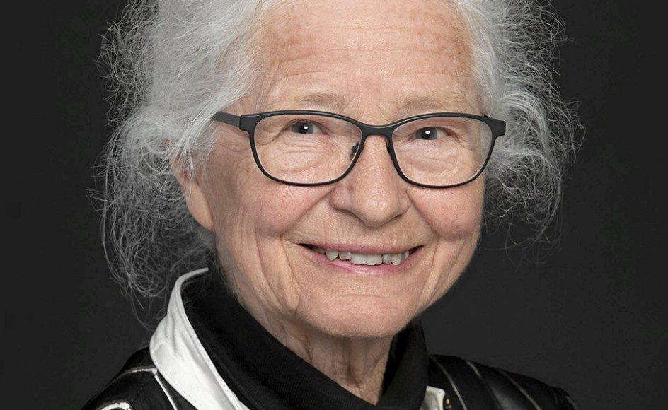 Birgitte Løgstrup udbad sig sin svigerfar, K.E. Løgstrups, velsignelse, før hun indleverede sin doktor- afhandling. – Privatfoto.