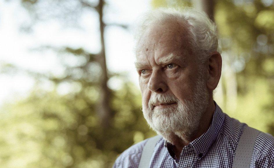 """Den 75 -årige forfatter Jens Smærup Sørensen medvirker i Kristeligt Dagblads podcast """"Mellem Liv og Ord"""" i denne uge."""