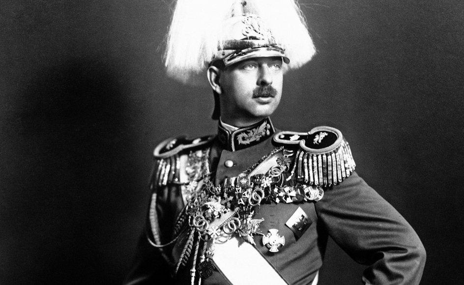 Kong Carol II af Rumænien spillede en vigtig rolle i den udvikling i mellemkrigstiden, som forhindrede et demokratisk styre i landet.