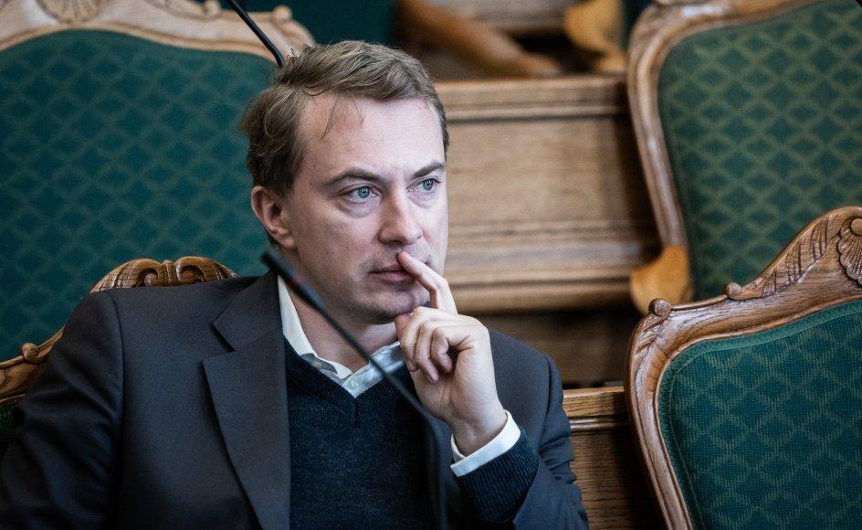 Mandag skal Morten Messerschmidt (DF) i retten. Han står anklaget for svig og dokumentfalsk. Den kendte politikers fremtid afhænger i den grad af, om han bliver dømt. (Arkivfoto)