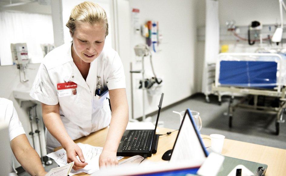 Det kan blive svært for sygeplejerskerne at opnå et lønløft i den aktuelle konflikt, vurderer arbejdsmarkedsforsker.