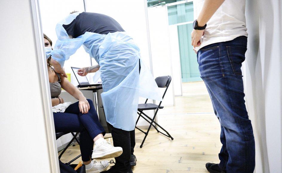 """""""Valget mellem mandlig og kvindelig sundhedsperson kan måske imødekomme borgere, som er blufærdige i sådan en vaccinesituation."""""""