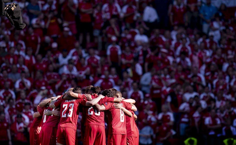 De mange reaktioner fra ind- og udland på Christian Eriksens kritiske kollaps under Danmarks første kamp har kun bevist, at fodbold faktisk kan forene folk på tværs af nationale skel.