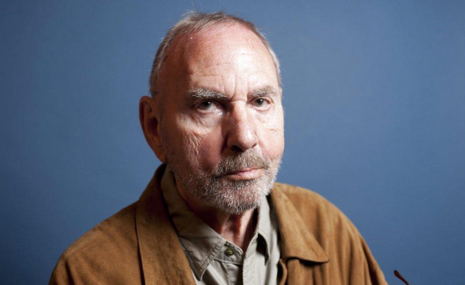 90-års fødselaren Jørn Riel debuterede sent som forfatter. Først som 40-årig fik han sin første bog udgivet. Siden er det blevet til mere end 50 titler, og hans bøger er oversat til 19 sprog.