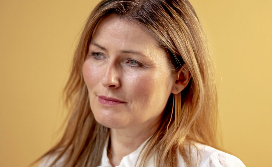 """Berlingskes kulturkommentator Anne Sophia Hermansen kaldte Aarhus et hul i jorden, da hun flyttede fra byen. Sådan har hun det ikke længere: """"Alle bliver jo mere bevidste om deres ophav, og hvad de kommer fra, når de er på afstand af det."""""""